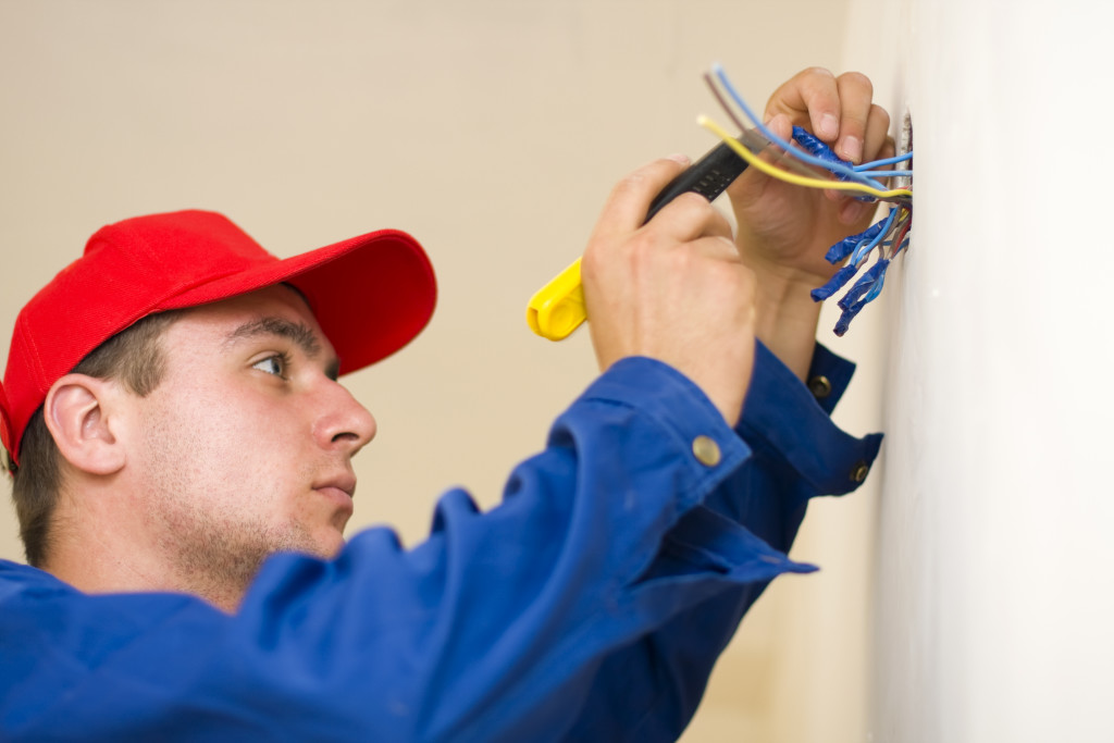 Handy Man Service Electrical Work